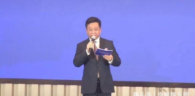 56岁朱军再次登上舞台专业水平大跌,曾因诬告差点晚节名誉不保