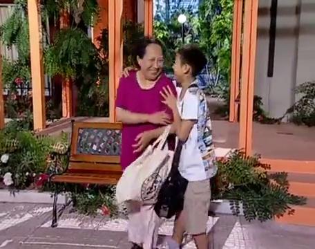 家有儿女第一季第4集:夏东海开心的去开家长会,结果生气的回来