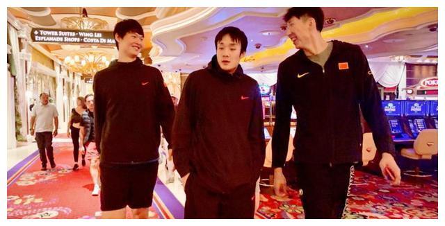 CBA季后赛11队名额被预订,最后一席福建深圳同曦江苏谁能晋级?