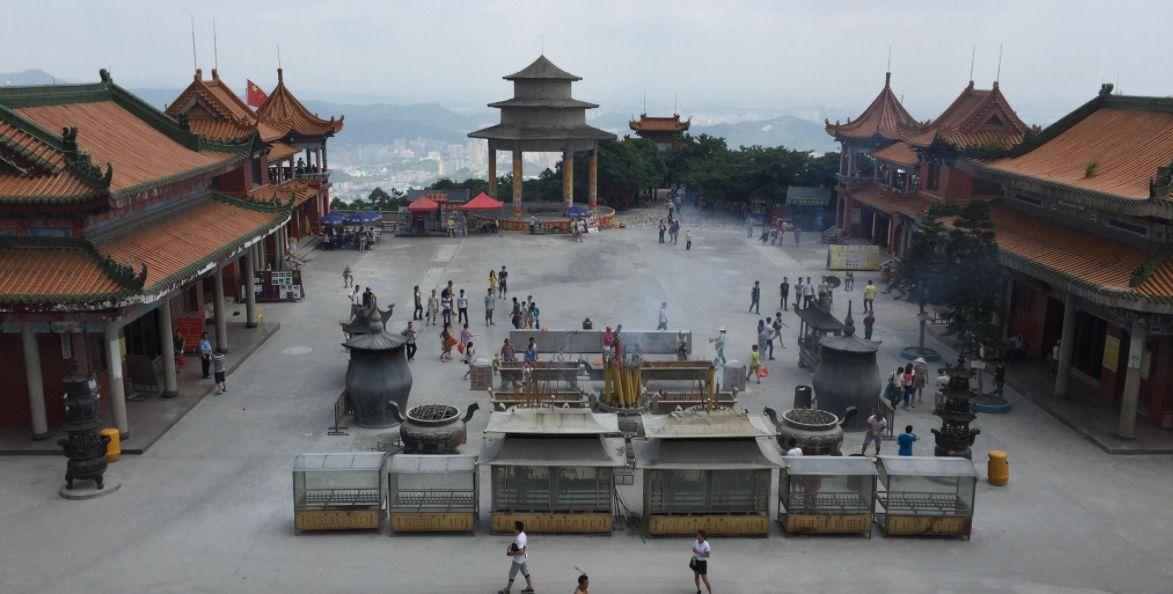 东莞最热门的景点是一个佛教圣地,观音山是怎样的?