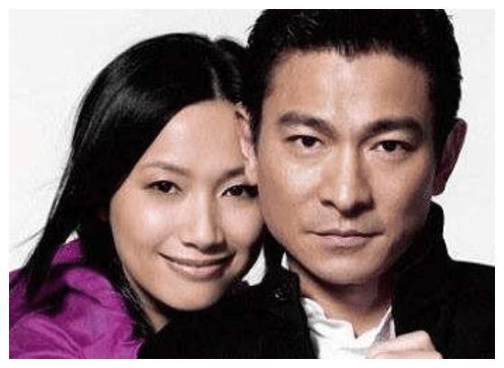 知名女星朱丽倩,曾用22年时间等待爱情,如今54岁被宠成公主