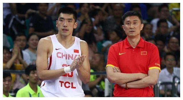 当广东队夺冠之后,其他的球队纷纷争抢自由市场里面的实力球员