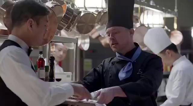 好先生:一直挑剔餐厅的惠灵顿牛排不好,陆远建议主厨去炸鸡块!