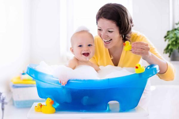 宝宝秋季腹泻怎么办?提醒:弄清这四个原因后,家长才能对症下药