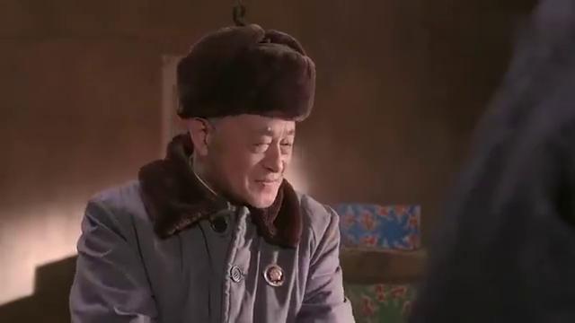老农民:男子找小伙  买古画,小伙  脸色变了
