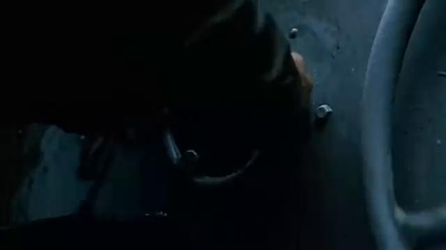 登陆舰后舱刚打开的一瞬间便是死亡之门打开了