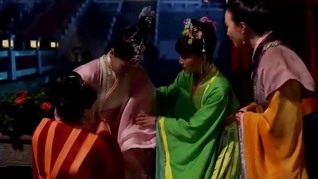 芈月传:公主借肚子痛,把领舞者身份让给芈月,有心了!