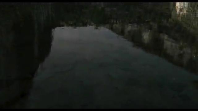 末日CG科幻短片《废墟》,唯一的人类和机器斗智斗勇,顽强求生