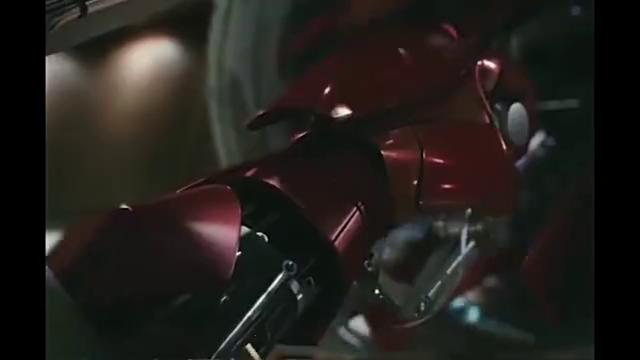 钢铁侠,你本凡人,以己之力,对抗神明,哇哇哇,帅到窒息