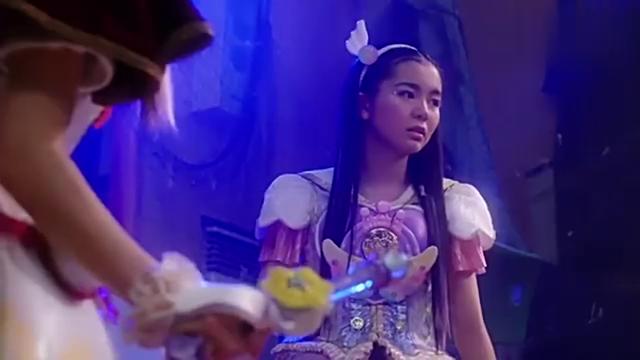 日版舞法天女2:邪魔彦使出结界魔法,把小天女们打倒在地