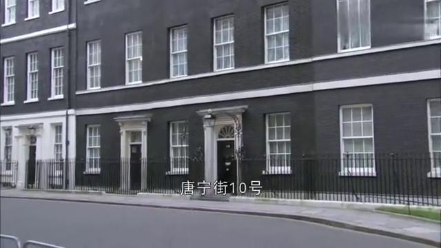 影视:香港问题,撒切尔夫人只和小平同志谈,态度坚决!