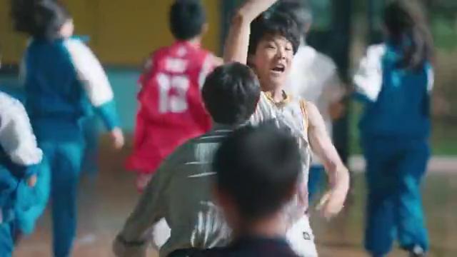 旧时光:这是什么高甜校园剧,林杨余周周牵手让人露出姨母笑