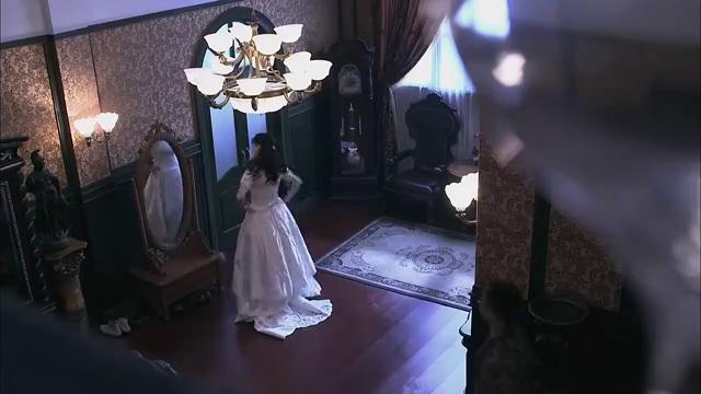 我的绝密生涯第01集:冷血杀手暗中护美女,郁达为拿相机被枪杀