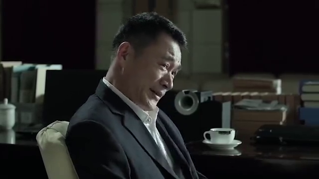 人民的名义:陆亦可接到一个电话,赵东来差点扑倒陆亦可