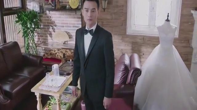 总裁和薇薇互相设计礼服,竟把新郎新娘比下去了