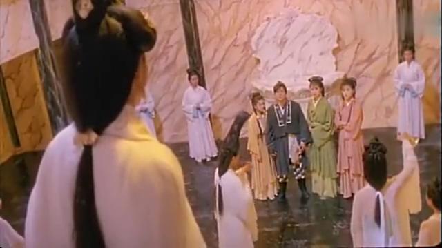东瀛第一剑客之子偷袭神水宫主水母阴姬,欲称霸武林,张敏太美了