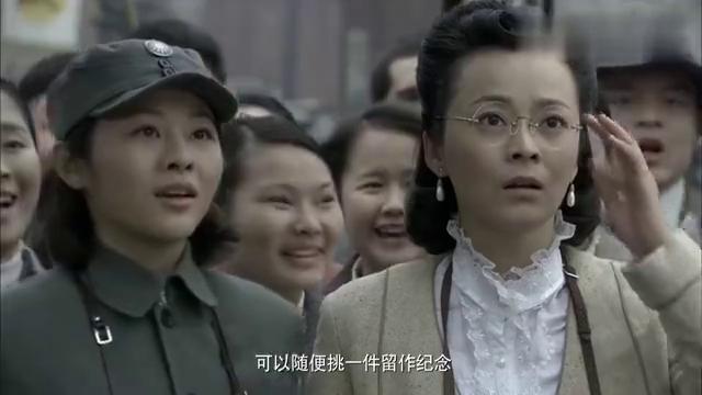 长沙保卫战:薛岳真是大方,战场缴获的战利品,竟直接送人做纪念