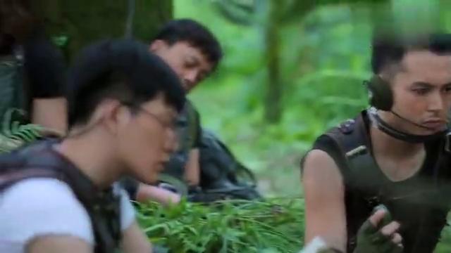 廖队长贾青长发飘飘,自带美颜特效,厉害啊!