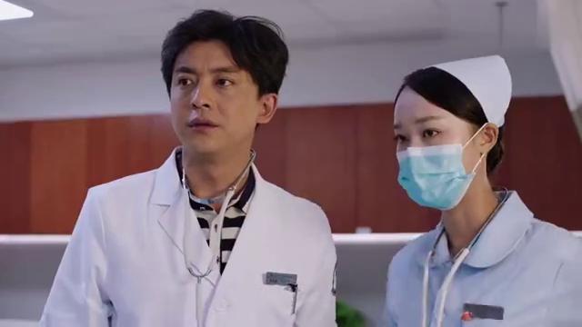靳东好剧:美女:她那是妊娠纹吗?靳东:是啊,我肯定没看错