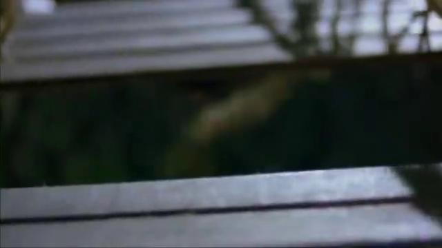 经典爆笑电影:英叔放出孔明灯寻女尸,惊动了西洋僵尸
