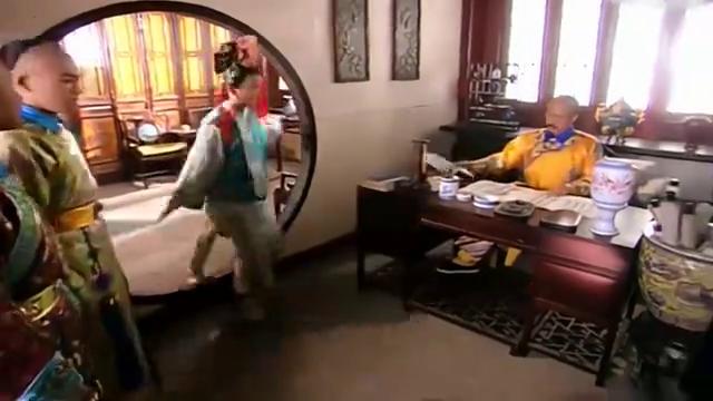 还珠格格:小燕子看到皇上,瞬间秒怂,皇上竟在检查她的功课