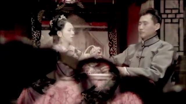 唐家大少爷竟一点也不喜欢陈曼青,与她结婚以后就离家而去了