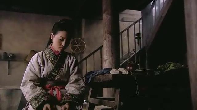 打虎英雄轰动阳谷县,武大一听是自己兄弟,追着武二郎大喊!