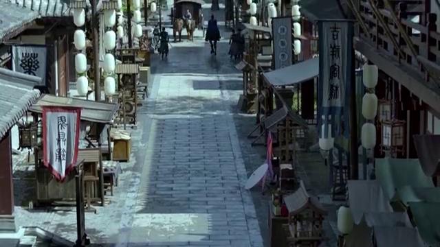 庆余年:这人不一般,出行还要清街,原本热闹的街道瞬间变凄凉