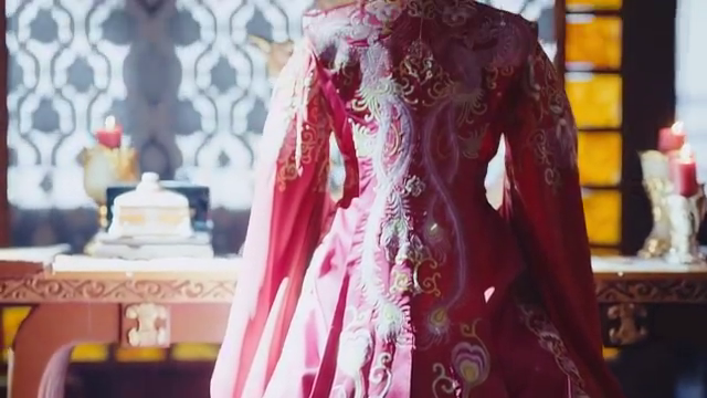 大结局:未央的容貌本已倾城,谁知换上一身婚服,更是惊为天人!