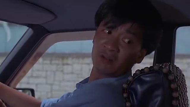 这司机简直太贱了,要不是女朋友在身边,冯淬帆车都要给他炸了
