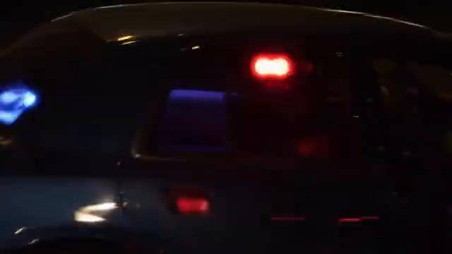 华盛顿西雅图市SIU总部,女警官下车来到这里查案