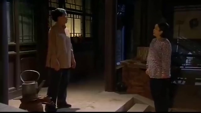 傻春:母亲跑到小伙家去闹,癞蛤蟆还想吃天鹅肉