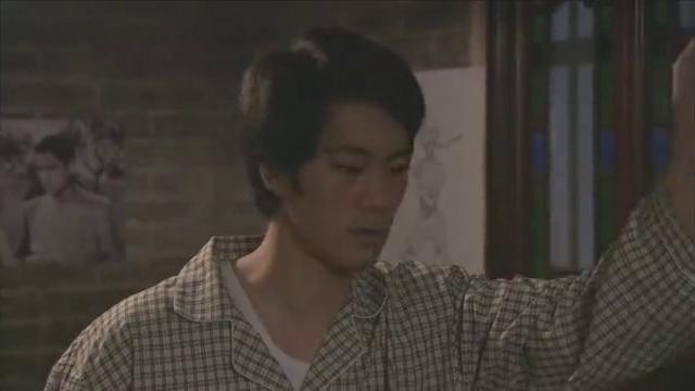 李小龙传奇为了练习反应能力李小龙在家抓蚊子