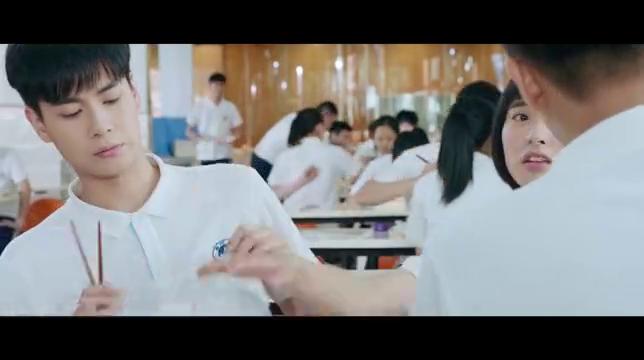 小美好:陈小希派林静晓去监视李薇和江辰,江辰只能是我陈小希的