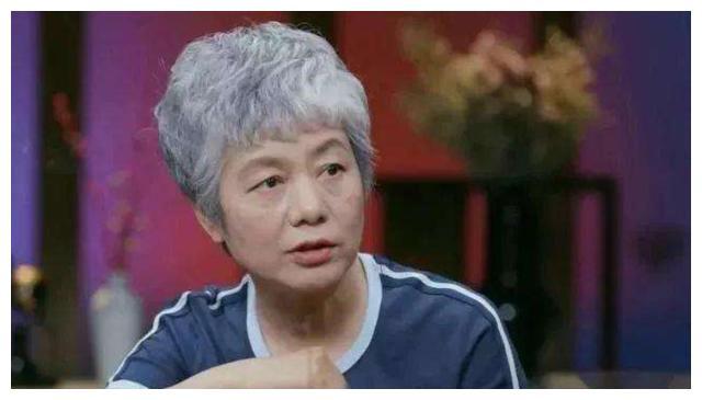李玫瑾教授:宝宝睡觉时有这3个举动,暗示大脑发育快,智商更高