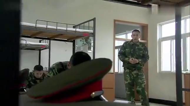 我是特种兵:小庄找战友斗地主,不料都在写申请,要去特种部队