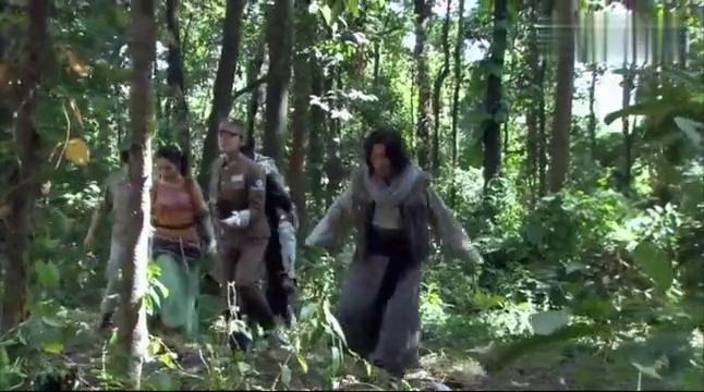 南侨机工英雄传:未知猛兽隐丛林,傀儡活人失理智