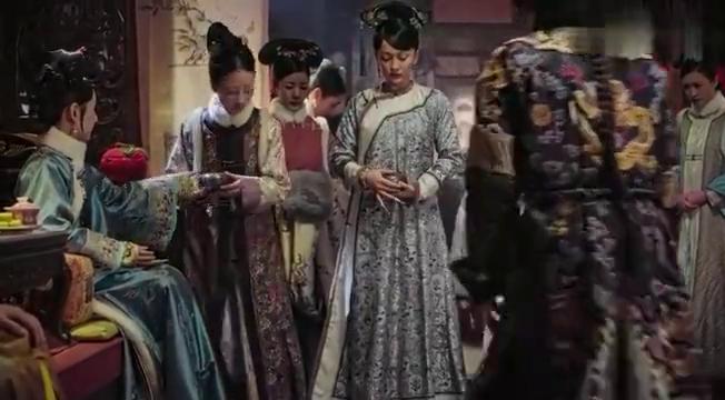 皇上说谎都不用打草稿,谎话信口拈来,贵妃只有吃哑巴亏了