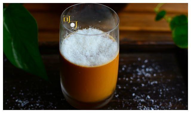 端午小长假自制咖啡布丁,像凝固的雪顶咖啡,招待客人很不错