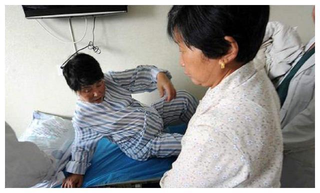 48岁大妈怀上双胞胎,儿子和丈夫齐支持:没事,让儿媳来伺候月子