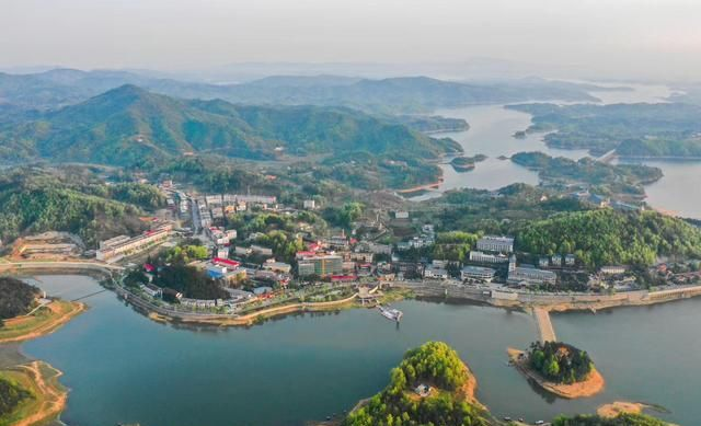 醉美鲇鱼山水库风光:河南省十大最美的湖之一!