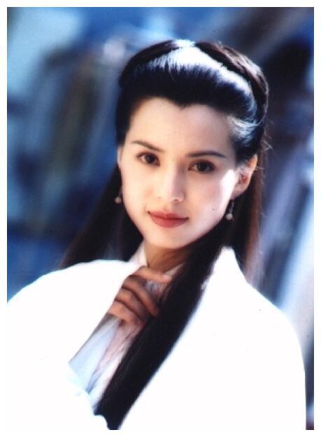 李若彤杨幂唐嫣刘亦菲赵丽颖热巴,12位古装美女谁仙气飘飘?