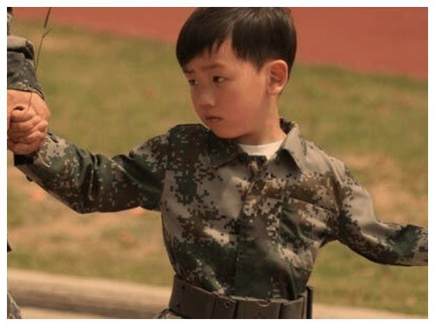 别再说王宝强儿子像宋喆了,其实,王宝强才是最有城府的那个人