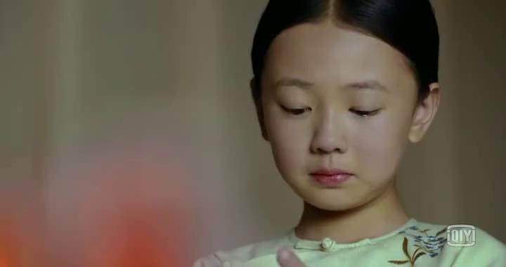 小皇帝说会保护女孩一辈子,结果小女孩说的话让他感动