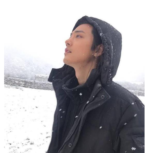 肖战、李沁雪景镜头被删,《狼殿下》制片一席话,揭开谜底