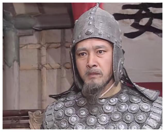 邓艾大军直逼成都,迟迟不发兵救援的姜维,是否有一定的私心?