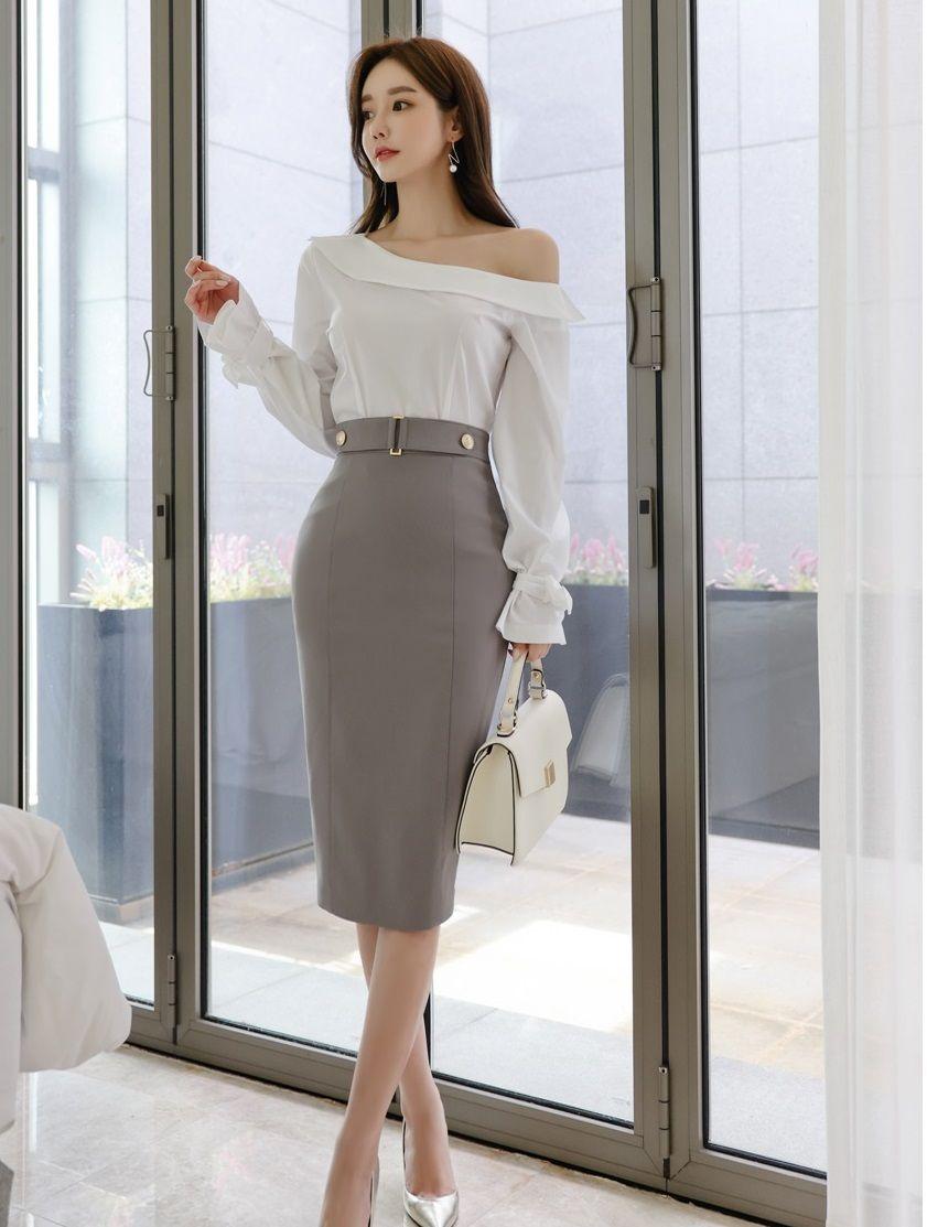 时尚穿搭孙允珠:清凉薄纱长袖雪纺衫搭配竖纹束腰中长裙