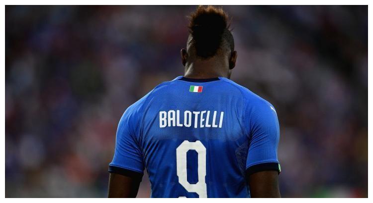 曝中国球队看上巴洛特利,昔日天才体重已达200斤,即将被解约!