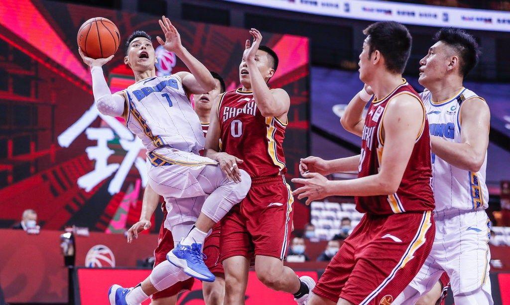 林书豪29分6助攻,翟晓川15分11篮板,北京首钢大胜山西6连胜