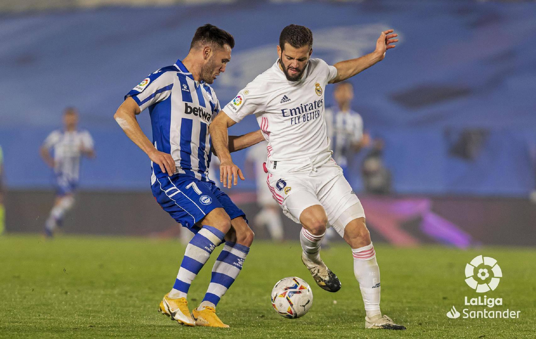西甲第十一轮皇家马德里1:2阿拉维斯,卡塞米罗为皇马攻入一球